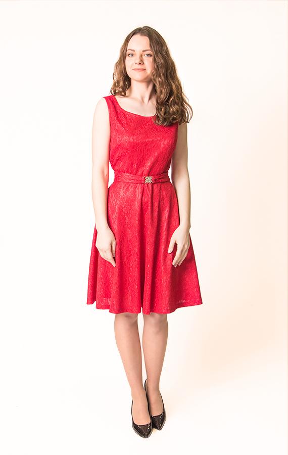 Красное кружевное платье-1