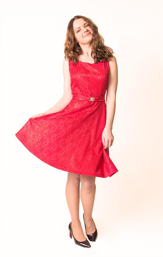Красное кружевное платье-3